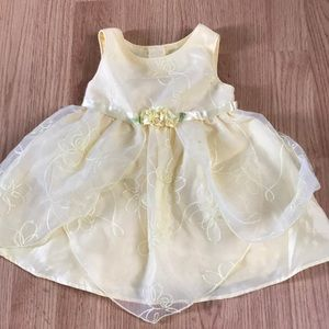 Youngland Baby 18 month Dress yellow